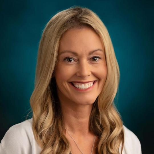 Loralee Donnelly, FNP-BC